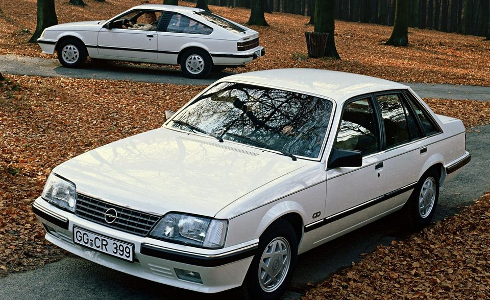 1983-opel-monza-sedan-and-coupe.jpg